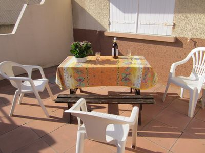 Photo for furnished 46m2 located 150m from the beach and shops