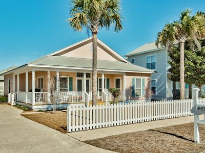 Photo for Shell Seeker: Beautiful 3BR, Patio, Pool, Beach! Summer Prices Just Reduced!