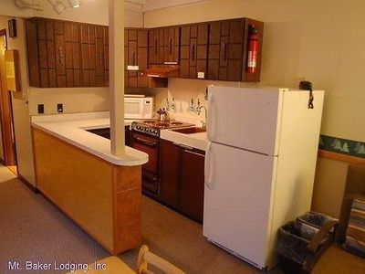 Photo for Apartment 33SLL Condo near Skiing and Hiking in Mount Baker/Glacier - 6 persons, 1 bedrooms