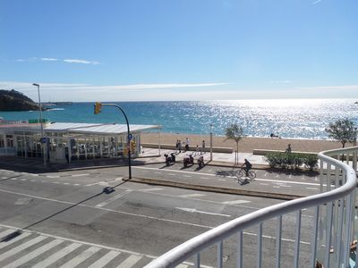Photo for GREAT APARTMENT IN SEA FRONT. BEST POSSIBLE LOCATION IN TOWN.
