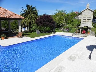 Photo for Rural house O Campo for 10 people with swimming pool