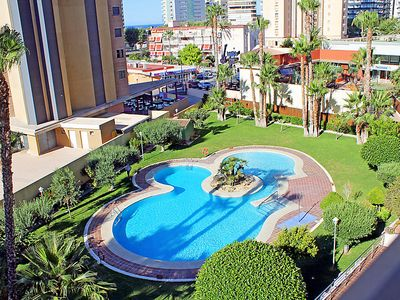 Photo for One bedroom Apartment, sleeps 4 in Benidorm with Pool, Air Con and WiFi