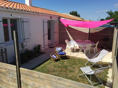 Photo for House in Saint Gilles near train station and beaches - private dead end - calm and security