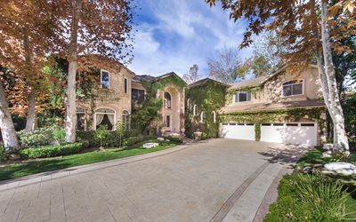 Photo for 7BR House Vacation Rental in Calabasas, California