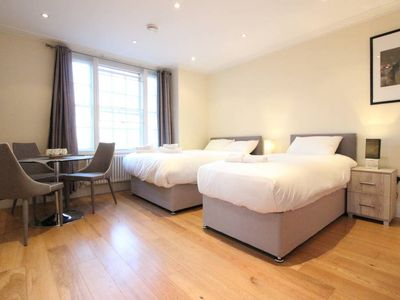 Photo for Stunning Studio Apartment MarbleArch Oxford Street