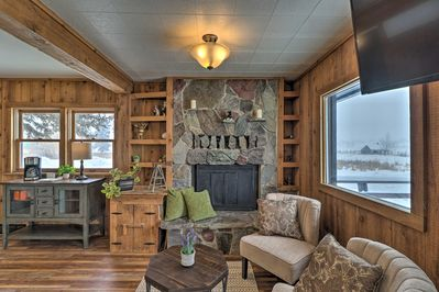 Book this Kalispell vacation rental house for your Montana retreat.