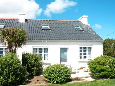 Photo for Vacation home in Plozevet, Finistère - 6 persons, 3 bedrooms