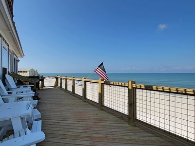 Photo for Gulf front, awesome views, recent kitchen remodel, sunbather's delight!