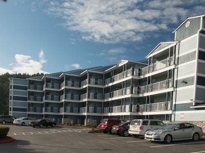 Photo for Experience this affordable bay-front condo on Siletz Bay in Lincoln City!