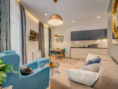Photo for Classy apartment in the heart of the city center