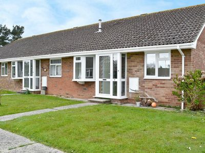 Photo for 2 bedroom property in Lymington.