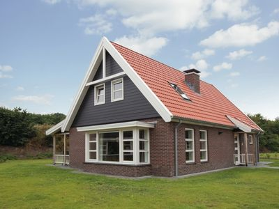 Photo for 12-person villa in the holiday park Landal Waterparc Veluwemeer - on the water/recreation lake