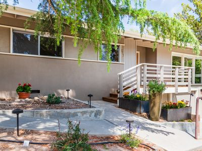 Photo for Mid-Century Modern: 2  BR, 2  BA House in Paso Robles, Sleeps 4