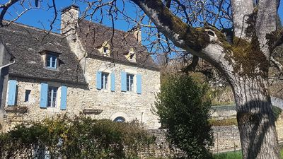 Photo for In black Perigord near the castle of Beynac, stone house with its swimming pool