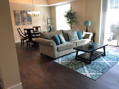 Updated Condo Near Beaches, Downtown, Restaurants, and Shops