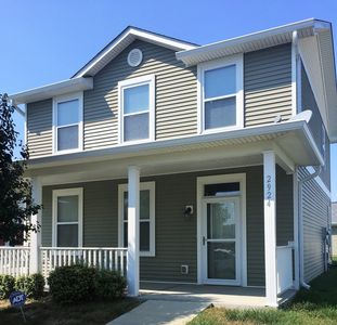 Spacious 4 Bed House Super Close to Downtown Indy!!!