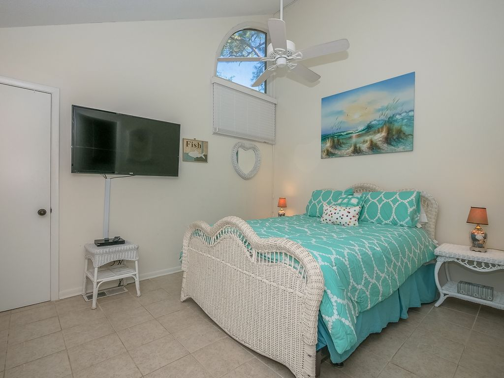 BEAUTIFUL Golf View! PERFECT GETAWAY! Tranquil/Private! September/October Open!