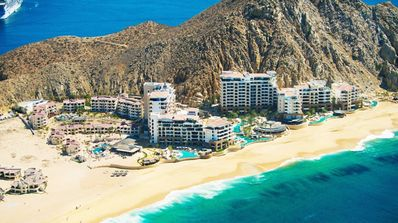 Photo for A Luxury Cabo San Lucas Resort on the Edge of the Ocean - Perfect Spring Break!
