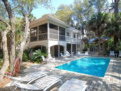 Photo for Located 3rd row to the beach, this 5 bedroom / 5 bath located in South Forest Beach it`s a very quic