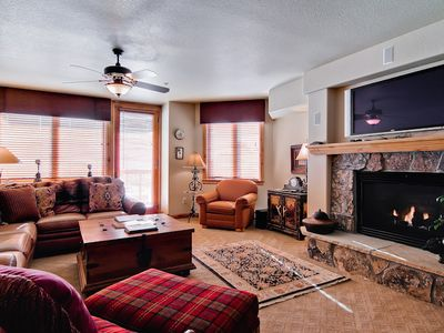 Photo for Renovated Slopeside Condo w/Mountain View & Pool/Hot Tubs