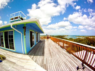 Cigatoo, 360º Harbour/Ocean View Bahamian Style Private Vacation Home