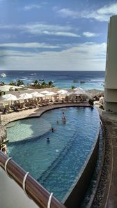Photo for Spend a week in Cabo! Sat- Sat
