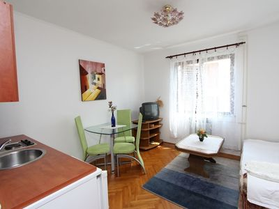 Photo for Apartment 200 m from the center of Rovinj with Air conditioning, Parking, Balcony (523522)