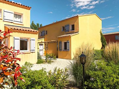 Photo for Residence L'Oustau de Sorgue, L'Isle-sur-la-Sorgue  in Vaucluse - 4 persons, 1 bedroom