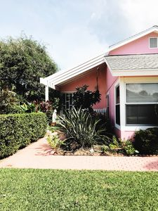 Photo for Indian River, Close to Beach, Remodeled  Key West Style Bun