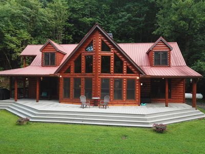 CREEKFRONT, Fishing, POND, HIKING & nearby WINERIES, modern 3 bedroom