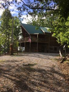 Photo for Vacation rental cabin / bungalow. Sleeps 15, 5 bedrooms, 6 bathrooms. No pets.
