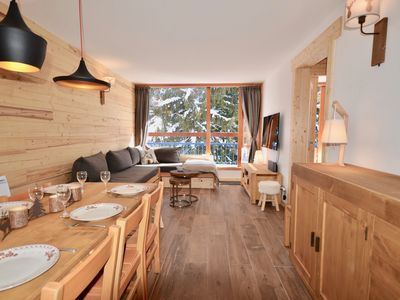 Photo for Apartment exceptional location Heart ARC 1800 ski at the foot