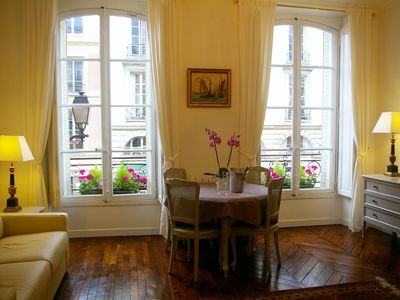 Photo for Elegant, Romantic and close to the Palace, for 2-4 guests