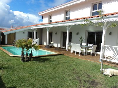 Photo for RARE SUPERB VILLA 6 PEOPLE WITH HEATED SWIMMING POOL ONLY 150m FROM THE OCEA