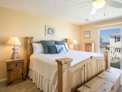 Third floor Master Bedroom with King Size Bed, TV and attached private deck