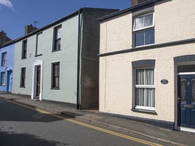 Photo for Amelie Cottage, BEAUMARIS