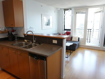 Photo for Stunning & Private Downtown Oasis with Amenities