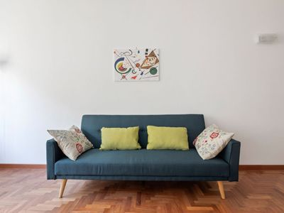 Photo for ✧Behind Vatican Museums✧ Spacious & Bright Apt