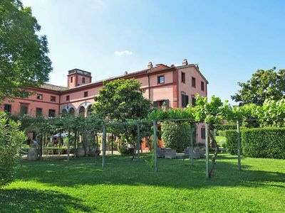 Photo for Apartment Relais I Castagnoni  in Rosignano Monferrato, Piedmont - 10 persons, 5 bedrooms