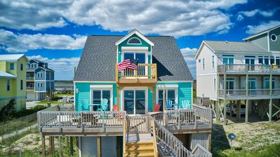 Ocean View, Great Beach Access with expanded deck open and enclosed shower