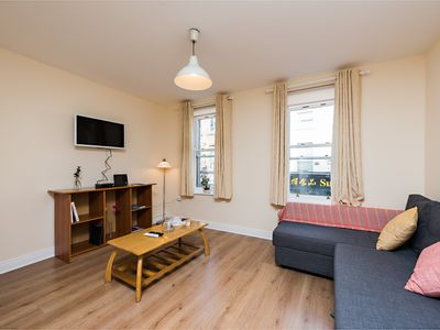 Photo for Central Spacious 2 BDRM Dublin 1 near Temple Bar