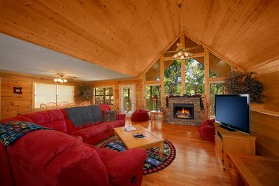 Cabin Great Room Entry level main floor with Flat Screen HD TV