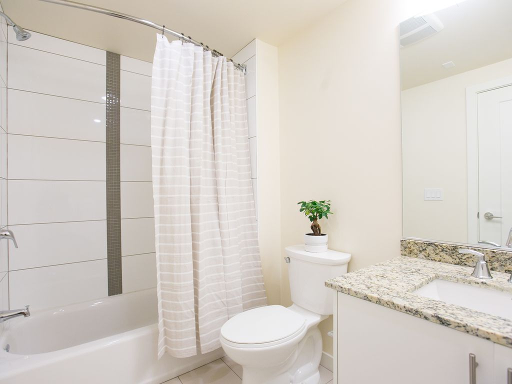 Sunny 2BR in Downtown San Diego by Sonder