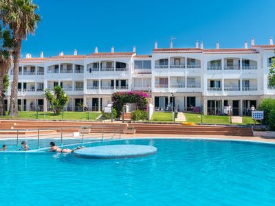 Photo for Well-kept holiday resort with pool