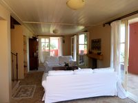 Lovely house in quiet surroundings with good access to beaches