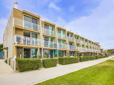 Beautiful Bay Front Location to Relax and Enjoy Mission Beach!