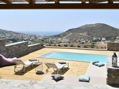 Photo for Villa Blue Pearl with private pool and sea view to the port of Parikia