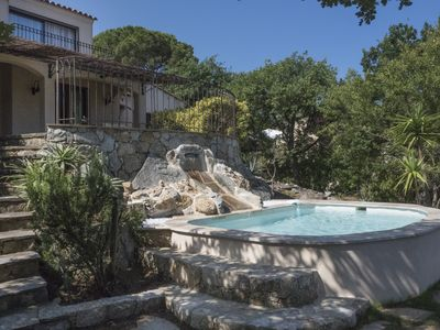 Photo for AND BEYOND THE SEA ... Warm and family villa