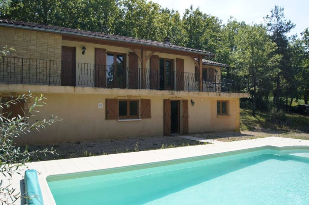 Nice view, quiet location, swimming pool with shelter, 5 miles from ...