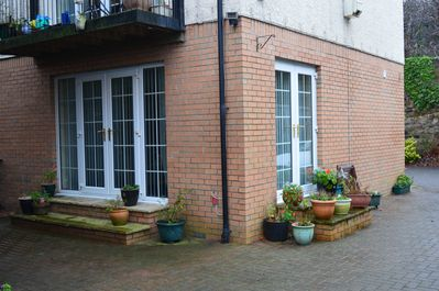 Ground floor flat, separate access, courtyard area with patio furniture
